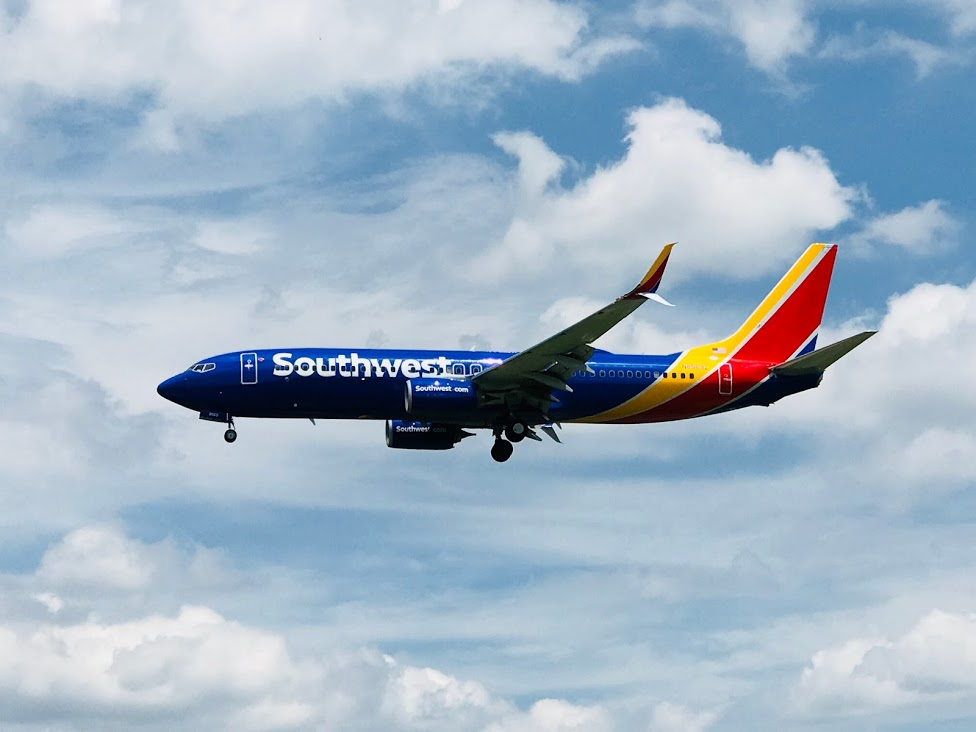 Southwest 737 Landing At Portland Jetport